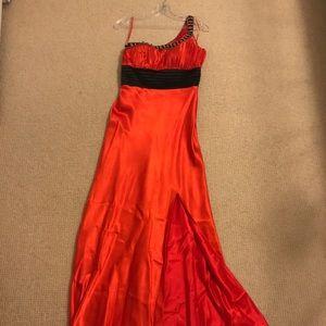 La femme size 2 gown